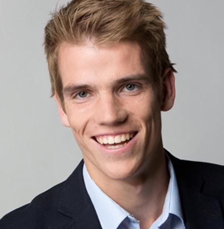 E. de Vries - MediaMere